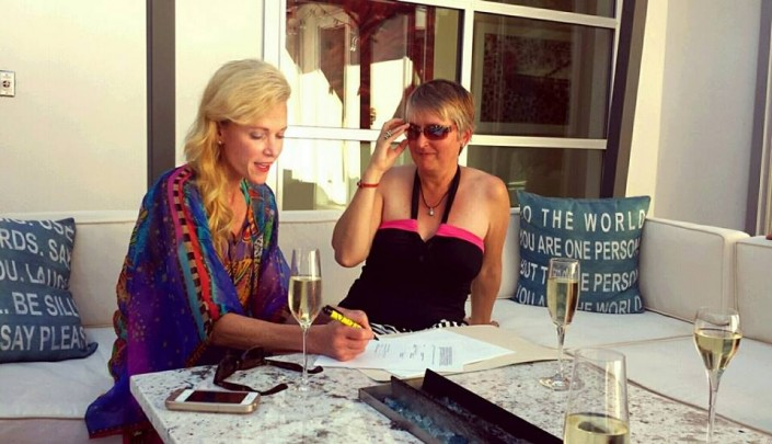 Sheila Hamilton signing her book contract